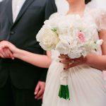 νυφική ανθοδέσμη με ορτανσίες και τριαντάφυλλα