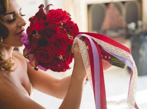 Bridal bouquet from redboxdays.gr