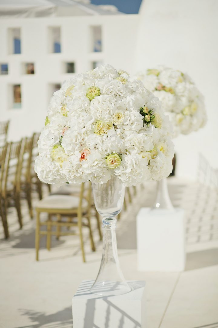 Wedding floral decoration by redboxdays.gr Athens - Santorini