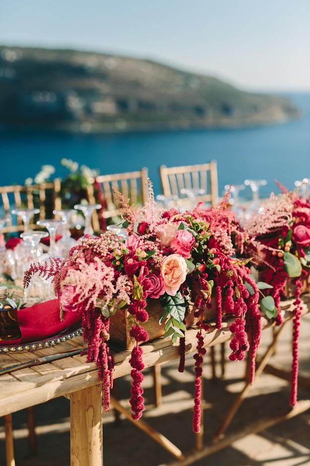 Burgundy theme wedding Redboxdays.gr