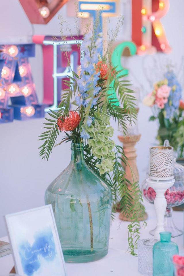 Colorful wedding in Greece