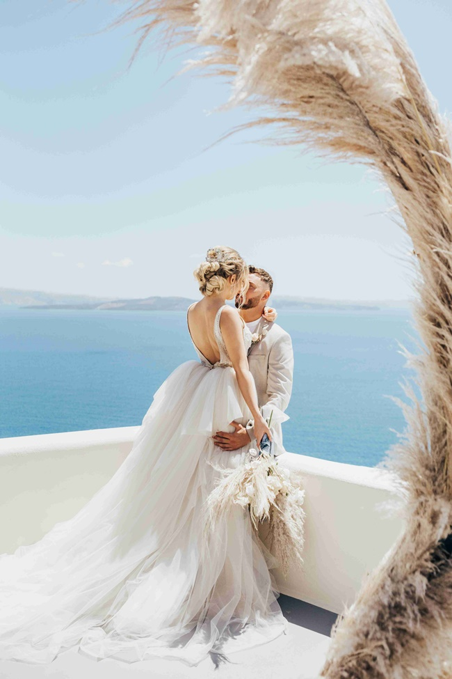 Pampas wedding decoration in Santorini