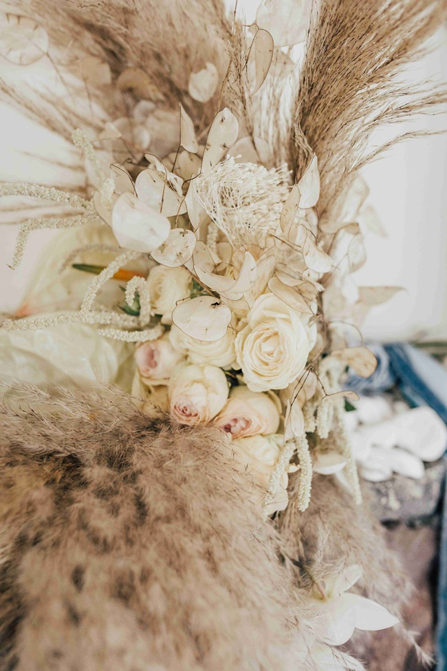 Pampas wedding decoration in Santorini