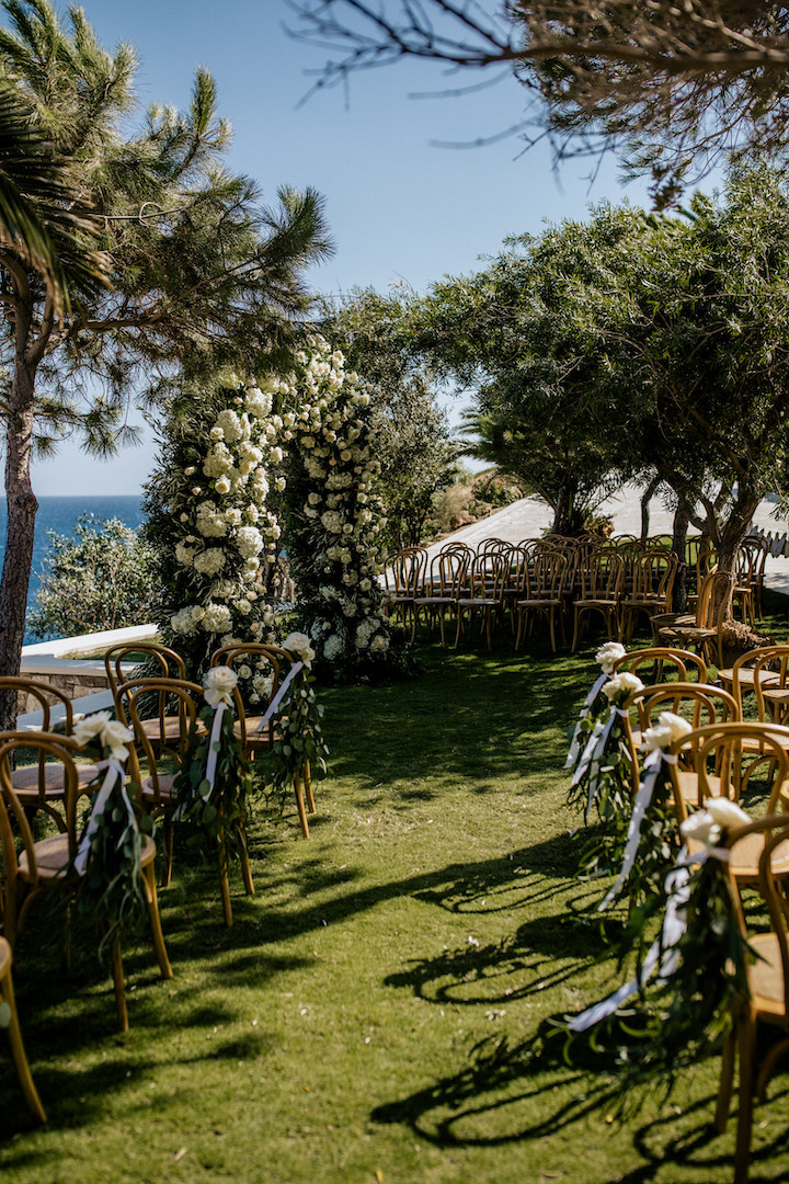 Wedding floral decoration at Cycladic Gem luxury villas Ios