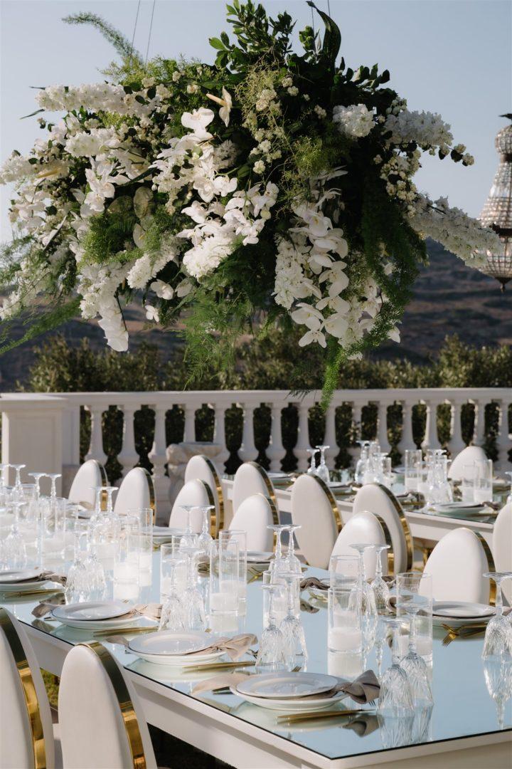 Wedding florist in Paros island
