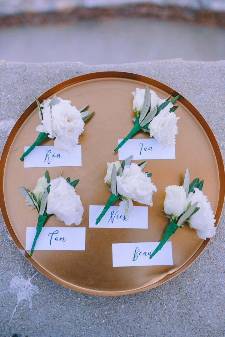 Boutonnieres by Redboxdays for Sifnos wedding