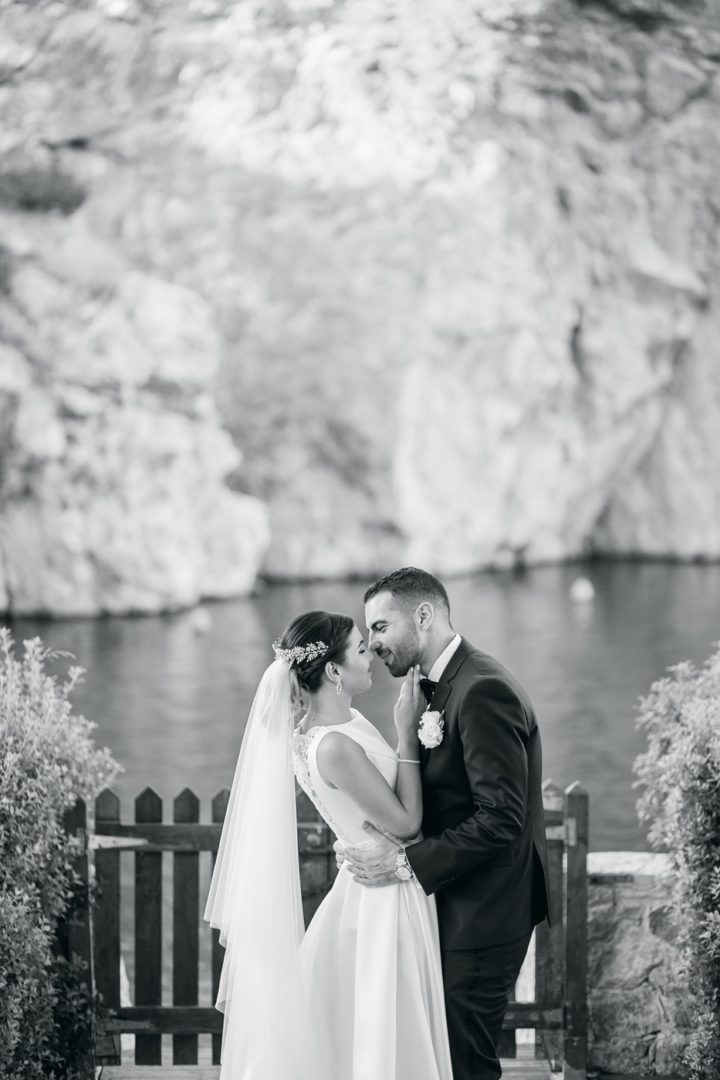 Vouliagmeni Lake wedding flower decoration