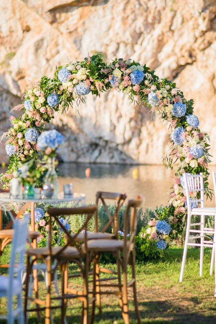 Lake Vouliagmeni wedding decoration